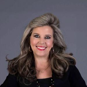 Debbie Taullie