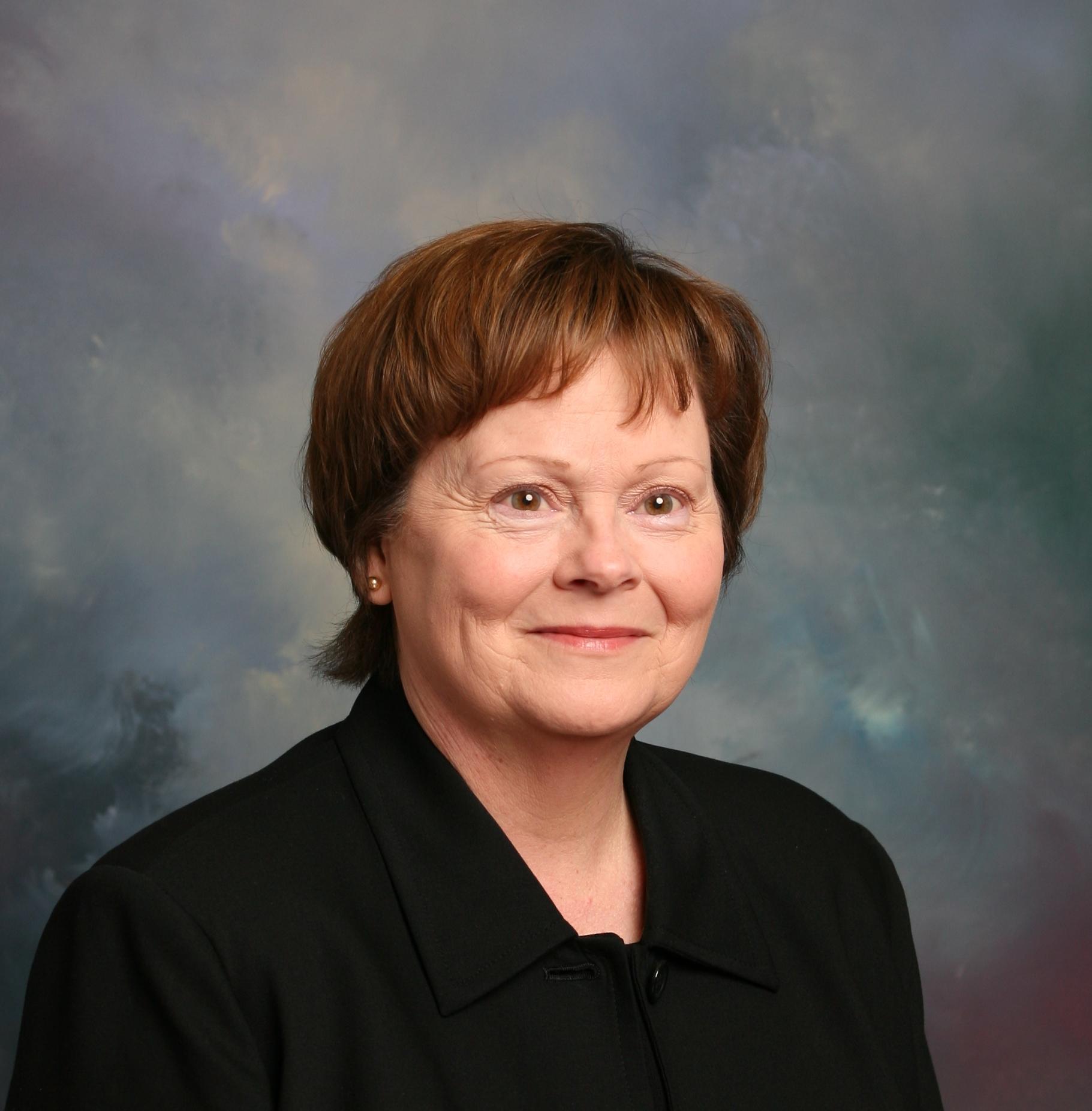Bonnie Smetzer Headshot