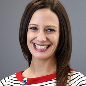 Photo of Carrie Ismert