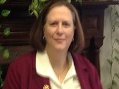 Lisa Tarker