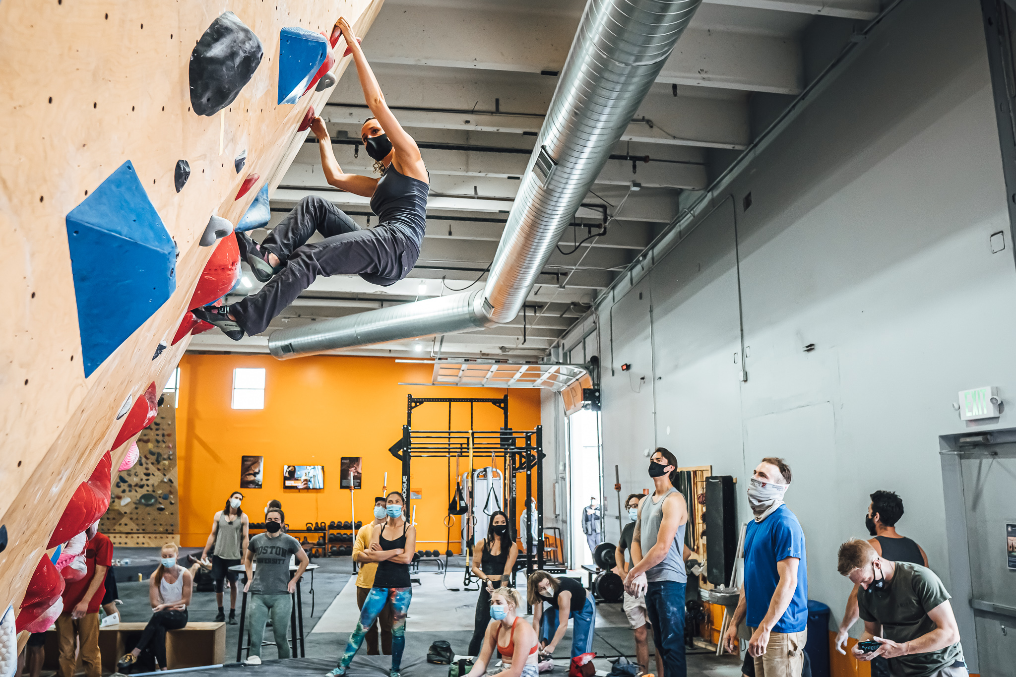Strongmont Sends Bouldering Competition