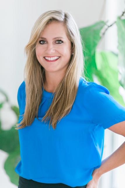 Corinne Mixon Headshot