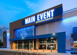 IREM Young Professionals Happy Hour at Main Event