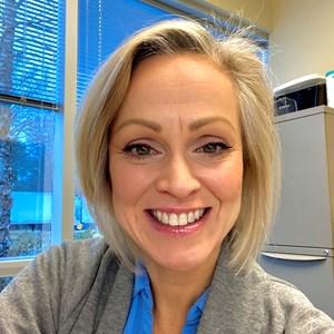 Photo of Kristin Ellis