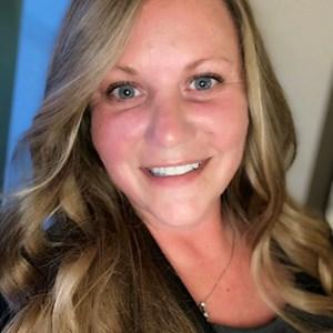 Photo of Lisa Geibel