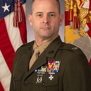 Robert J Hallett