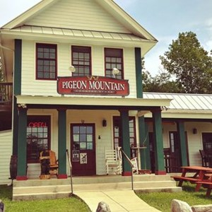 Pigeon Mountain Grill
