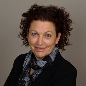 Claudia Looze